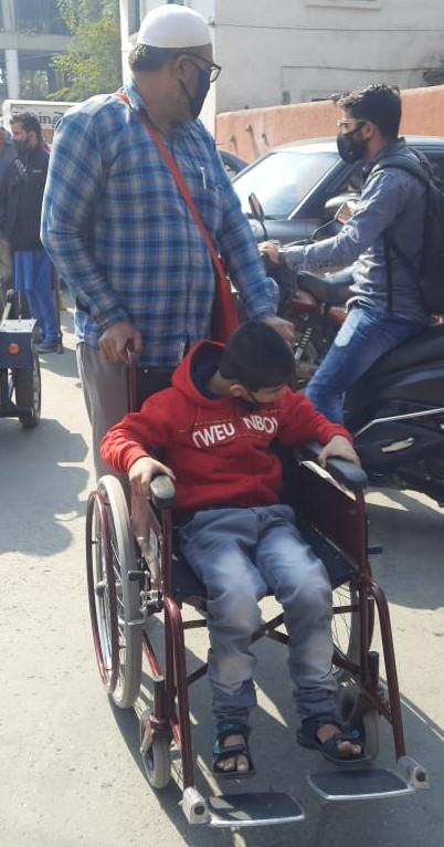 Donations of JK handicapped Association